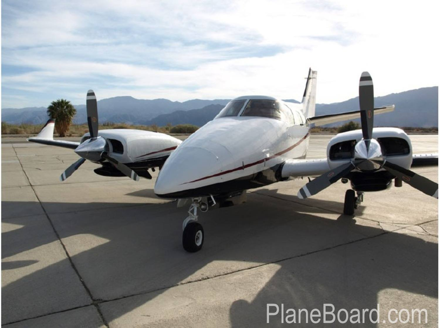 1975 Beechcraft B60 Duke primary