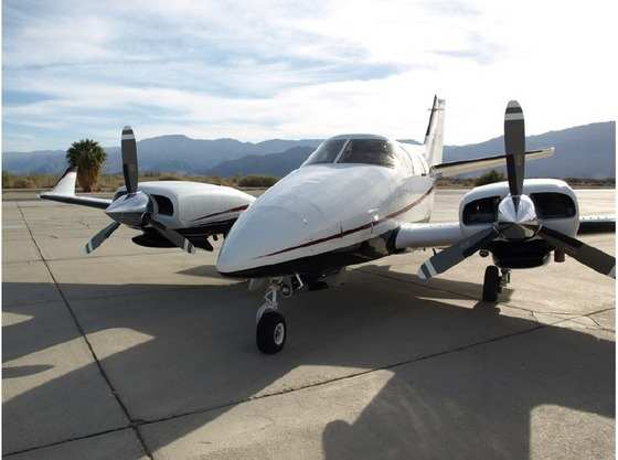 1975 Beechcraft B60 Duke
