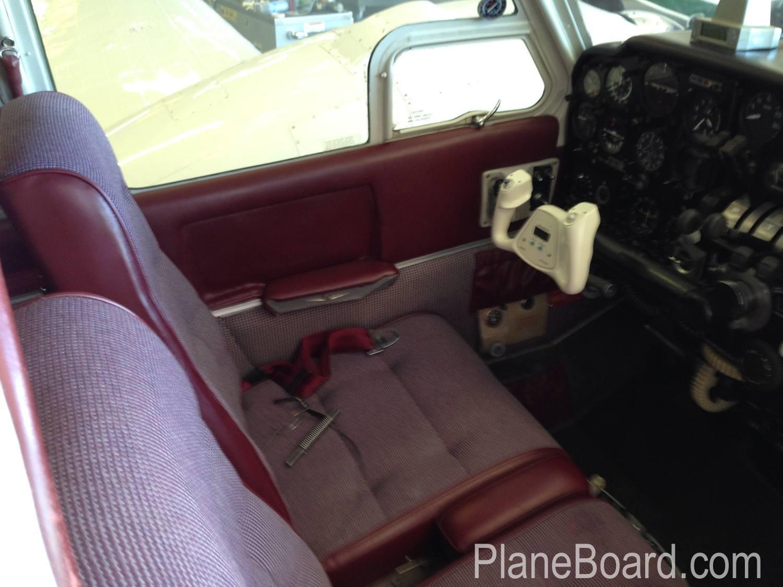 1967 Beechcraft C55 Baron interior 10