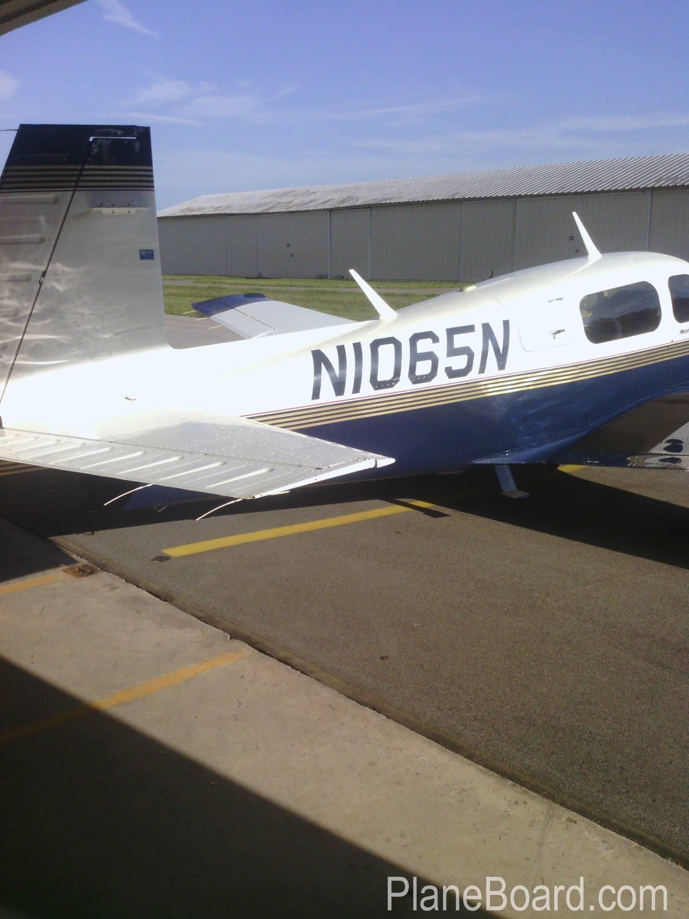 1994 Mooney M20J MSE exterior 3
