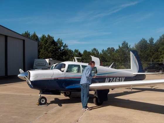 1975 Mooney M20F Exec 21