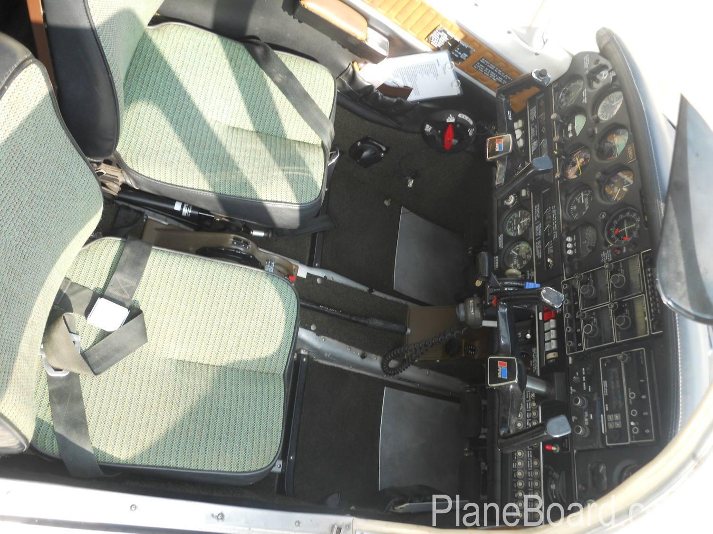 1977 Piper Turbo Arrow III interior 4