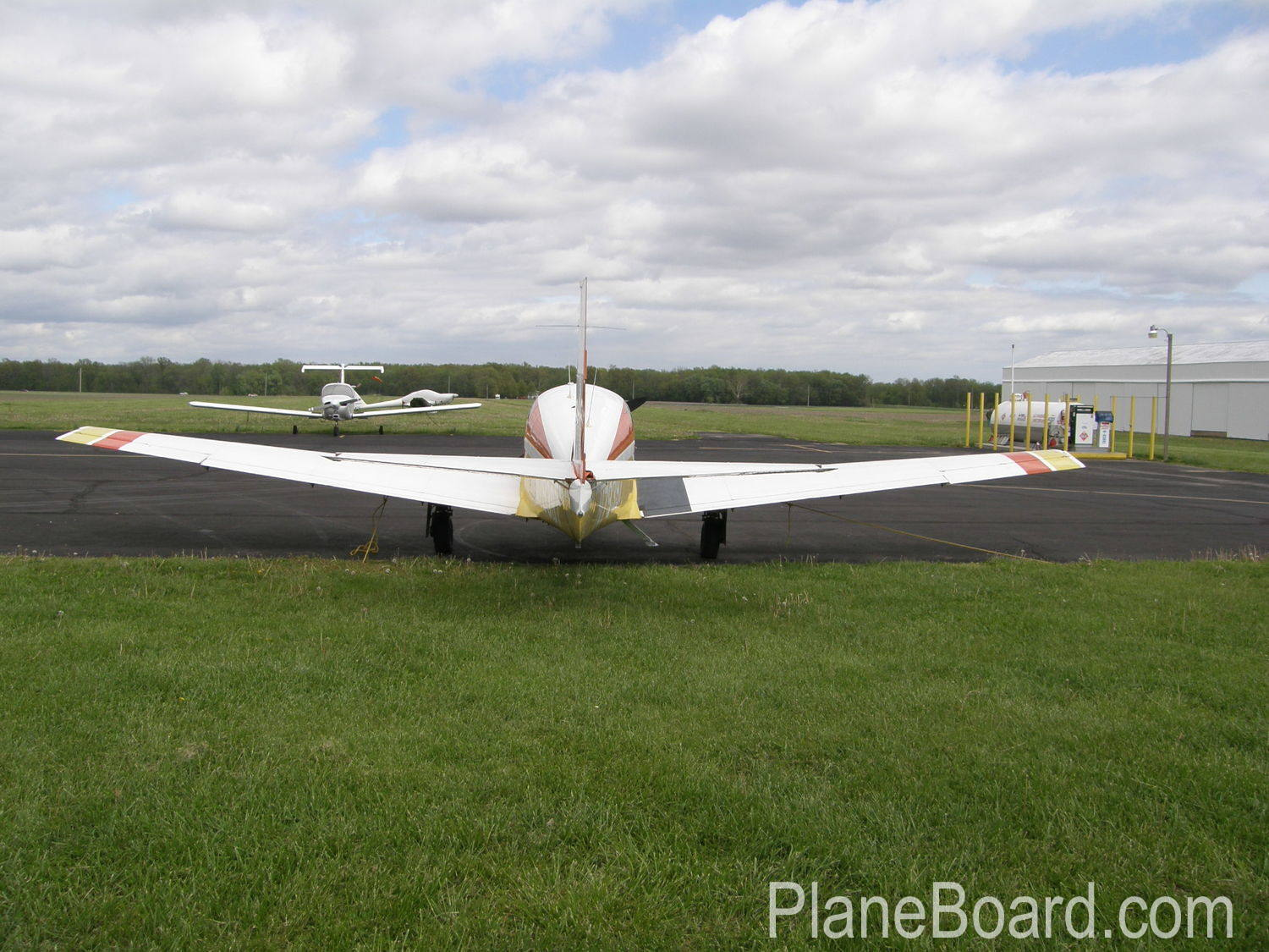 1965 Mooney M20E Chapparal exterior 5