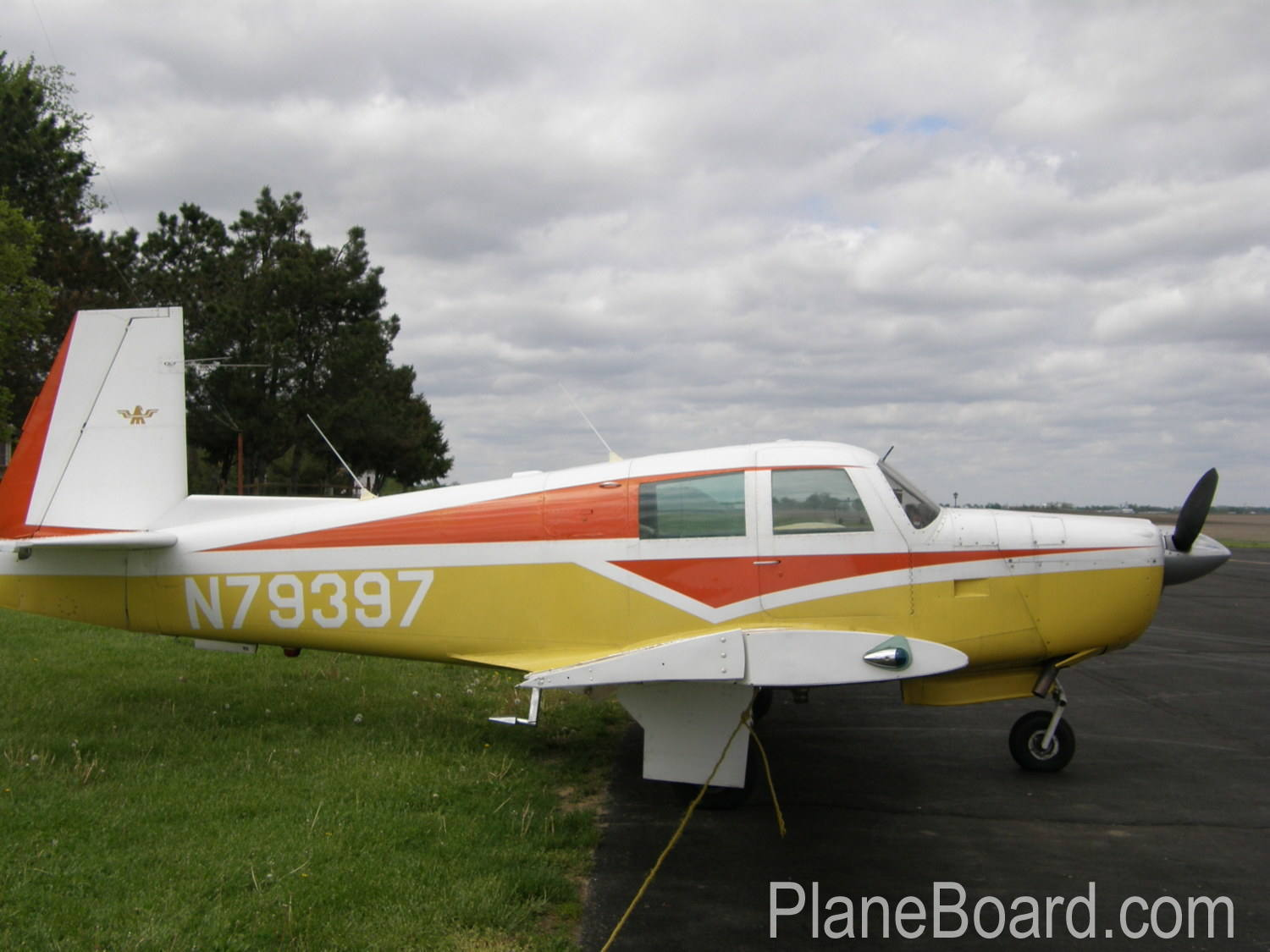 1965 Mooney M20E Chapparal exterior 27