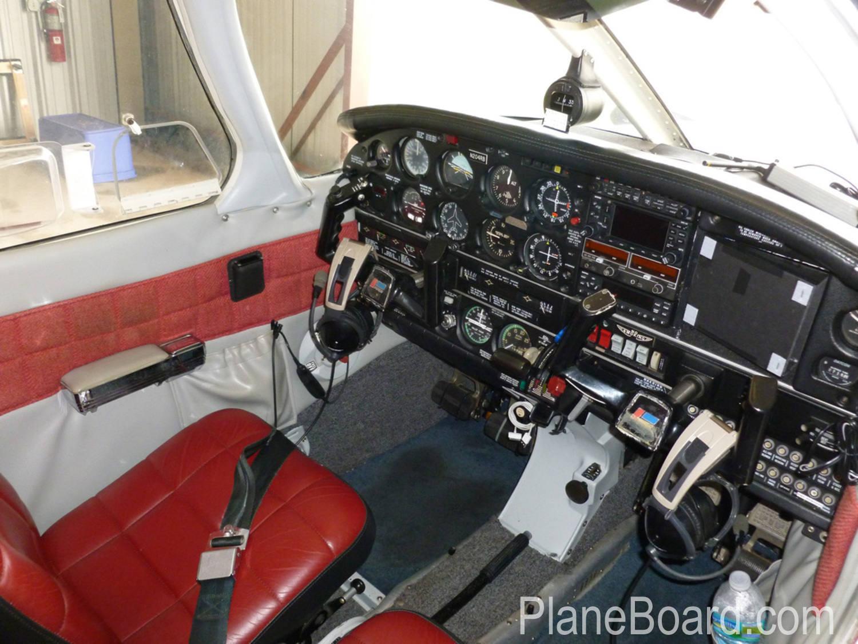 1977 Piper Arrow III exterior 11