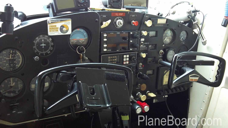 1966 Cessna 150 interior 1