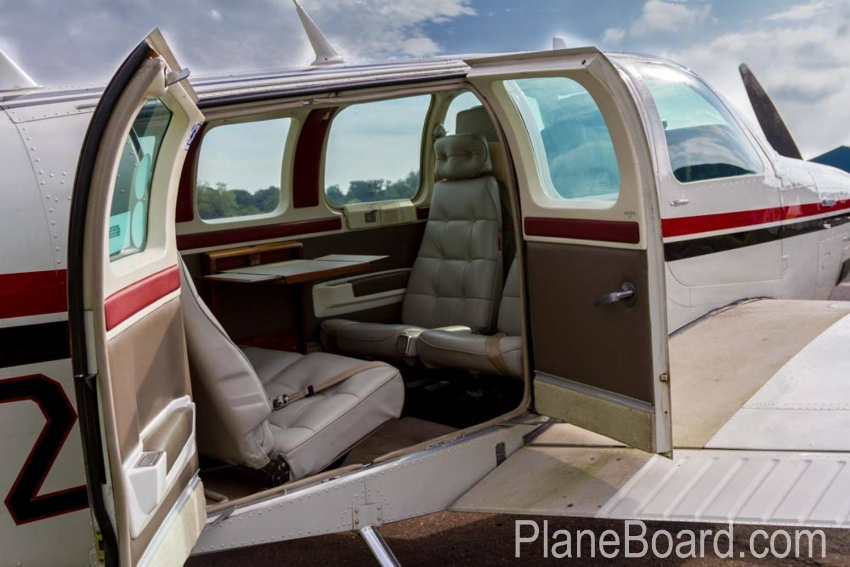 1985 Beechcraft A36 Bonanza interior 9