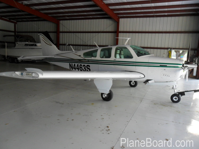 1975 Beechcraft A36 Bonanza exterior 0
