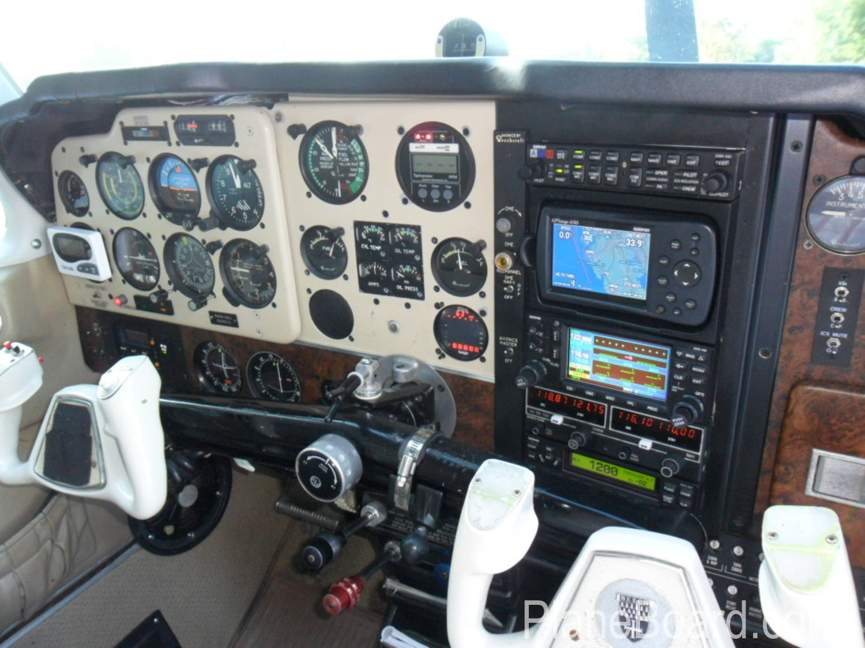 1975 Beechcraft A36 Bonanza interior 14