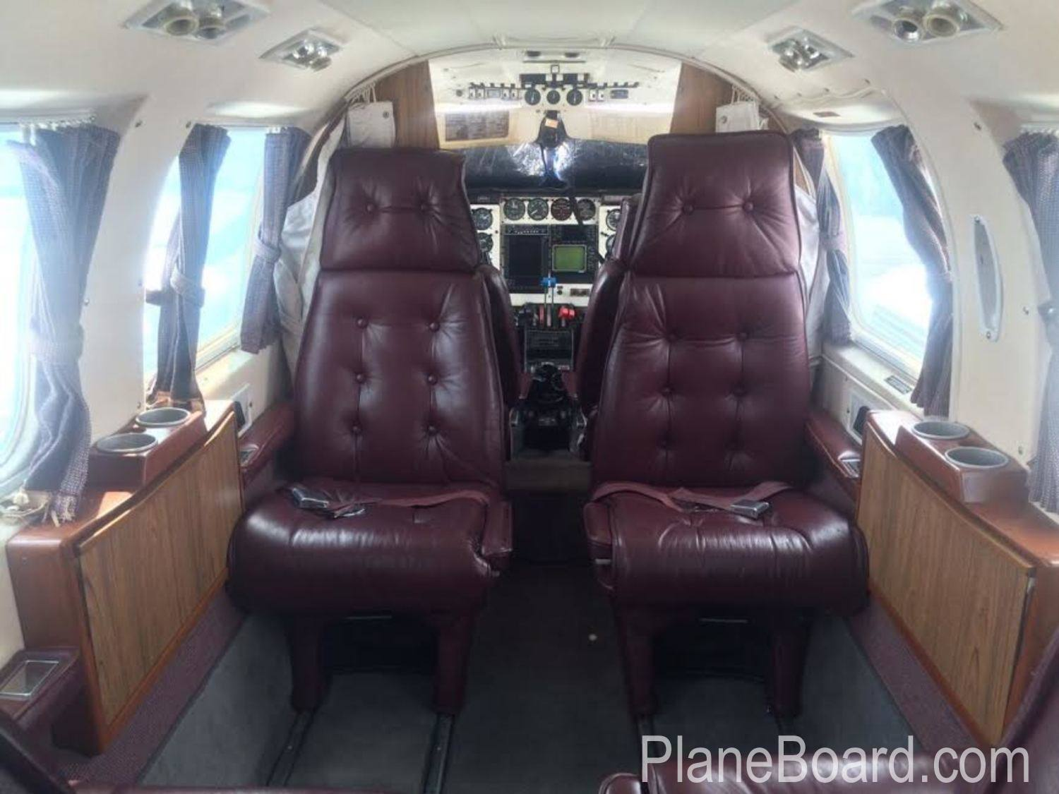 1979 Piper Navajo CR interior 5