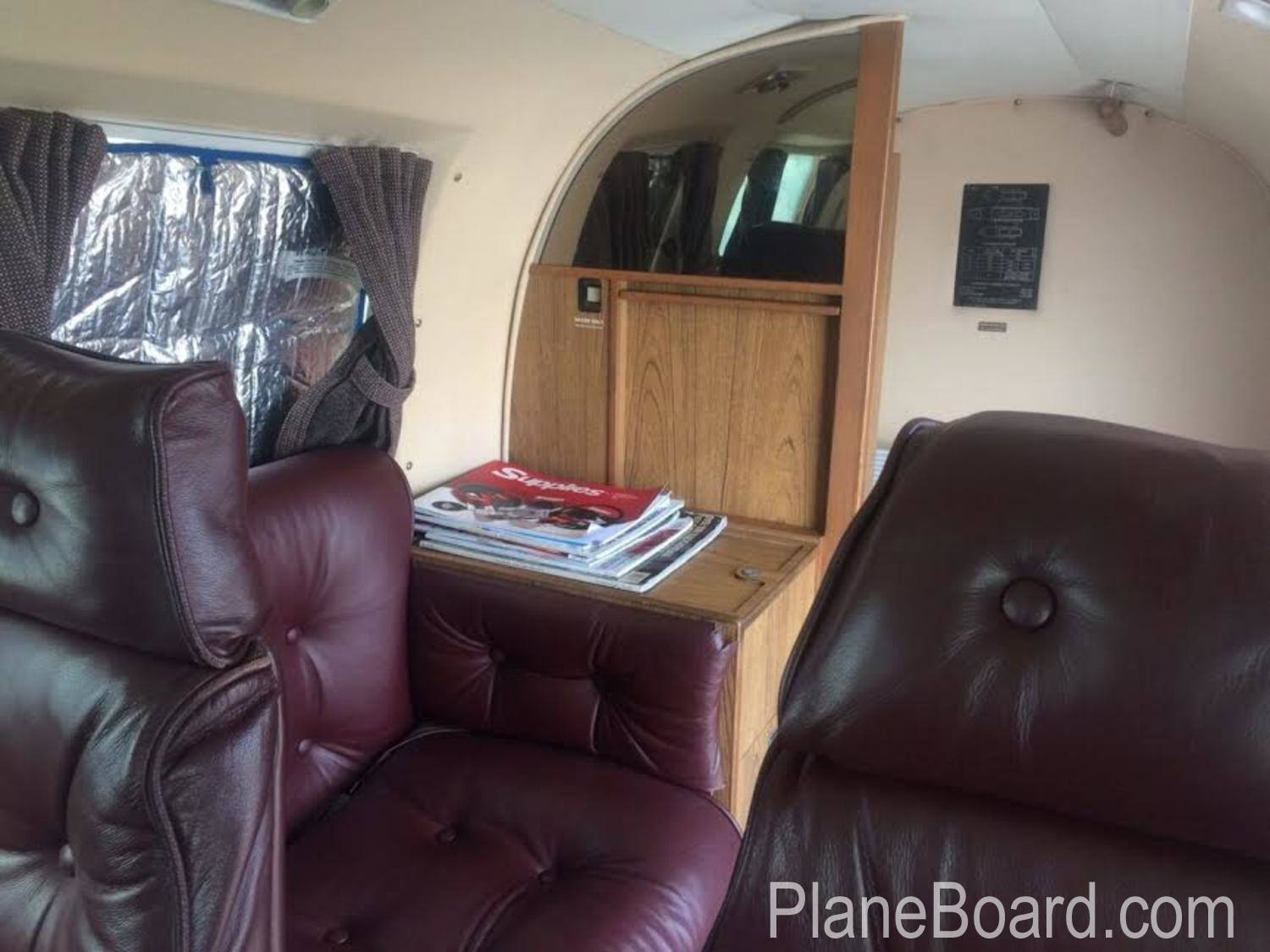 1979 Piper Navajo CR interior 6