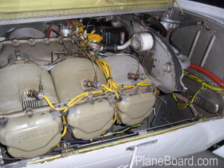 1975 Beechcraft A36 Bonanza exterior 3