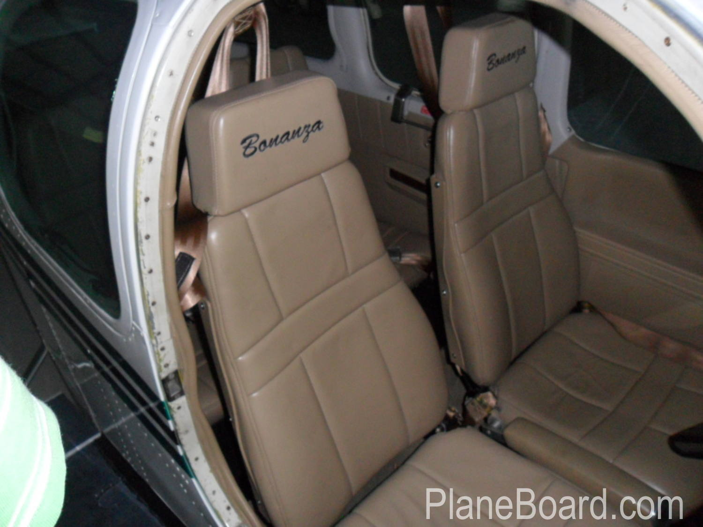 1975 Beechcraft A36 Bonanza interior 4