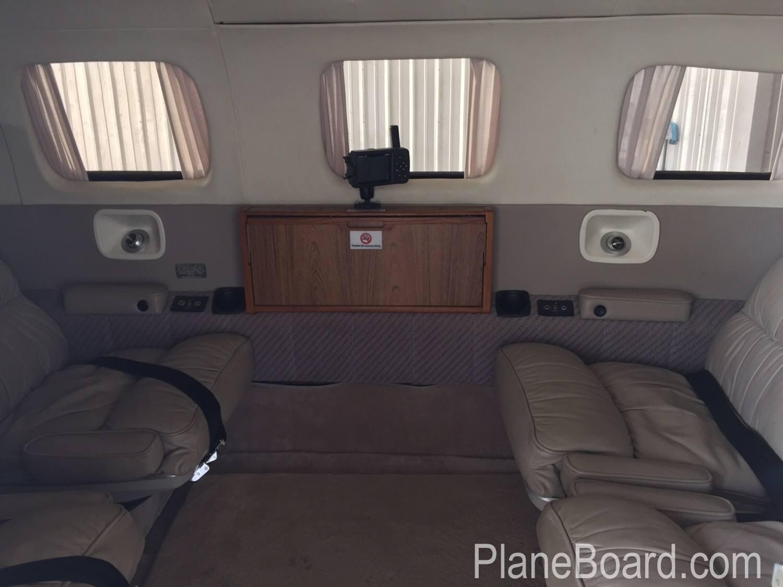 1984 Piper Malibu interior 10