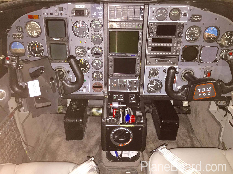 1991 Socata TBM 700 interior 9
