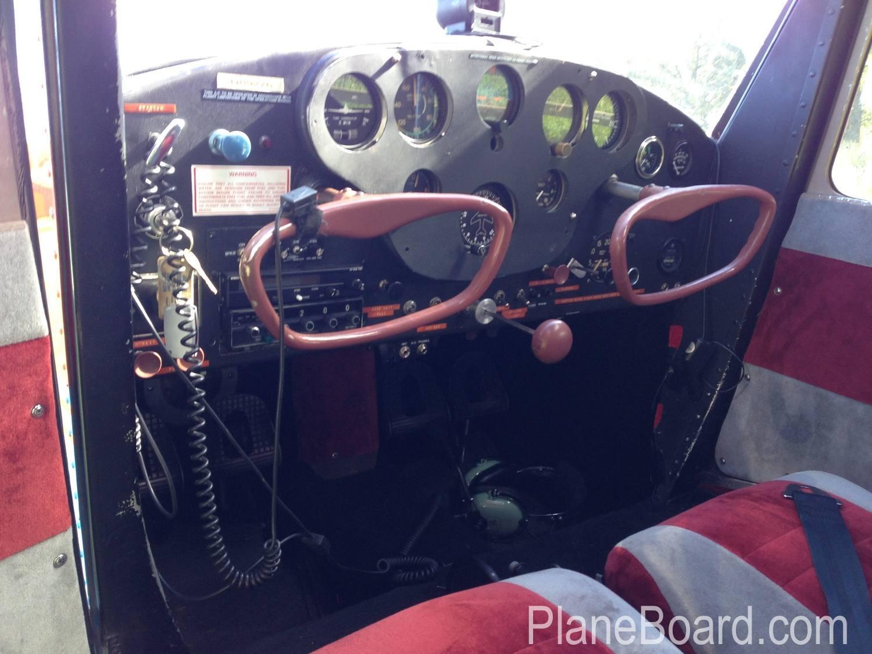 1946 Cessna 140 exterior 2