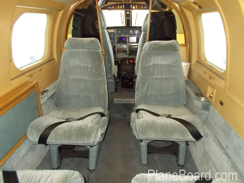 1984 Piper P-Navajo interior 9