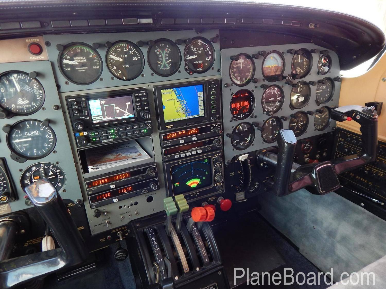 1984 Piper P-Navajo interior 10