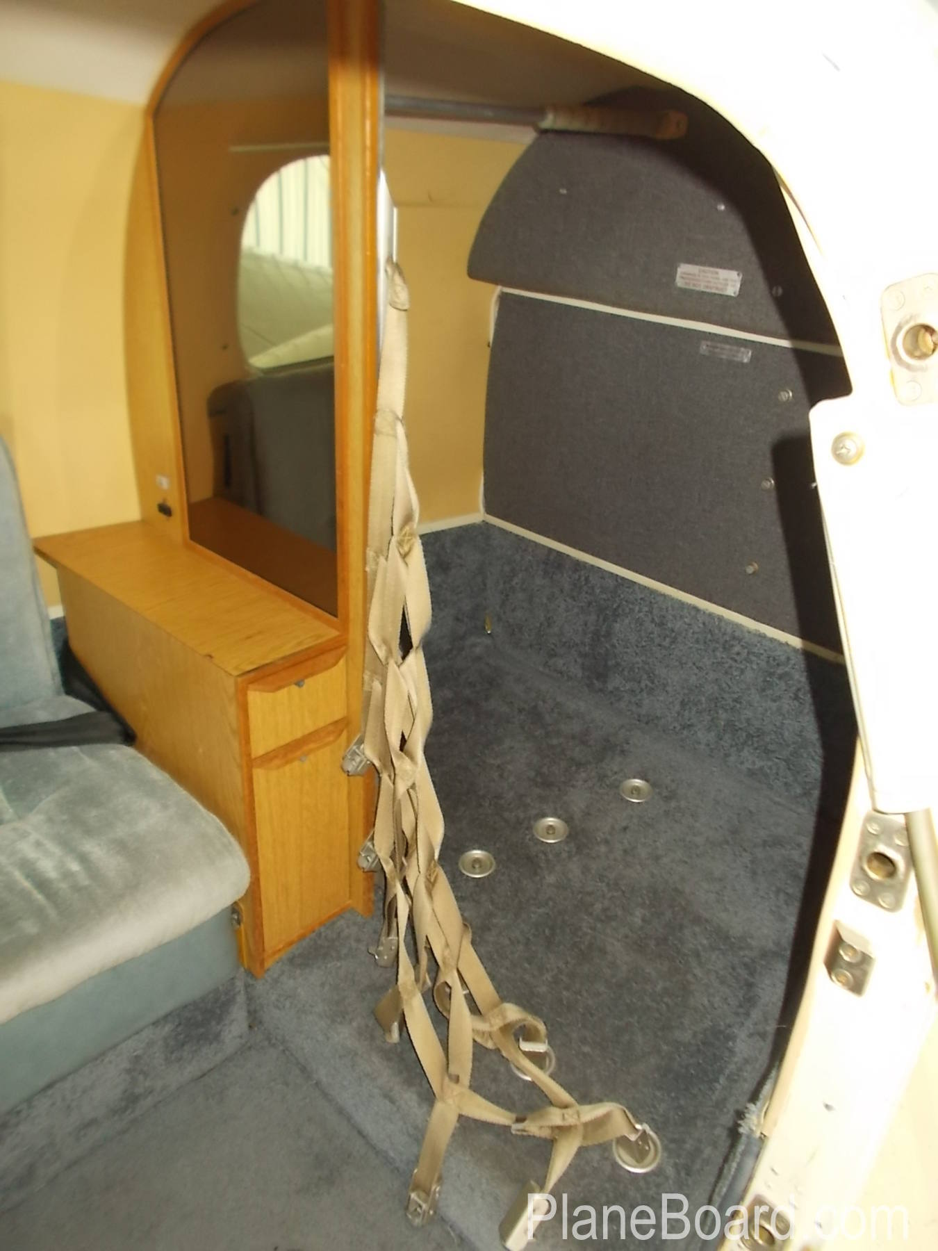 1984 Piper P-Navajo interior 11