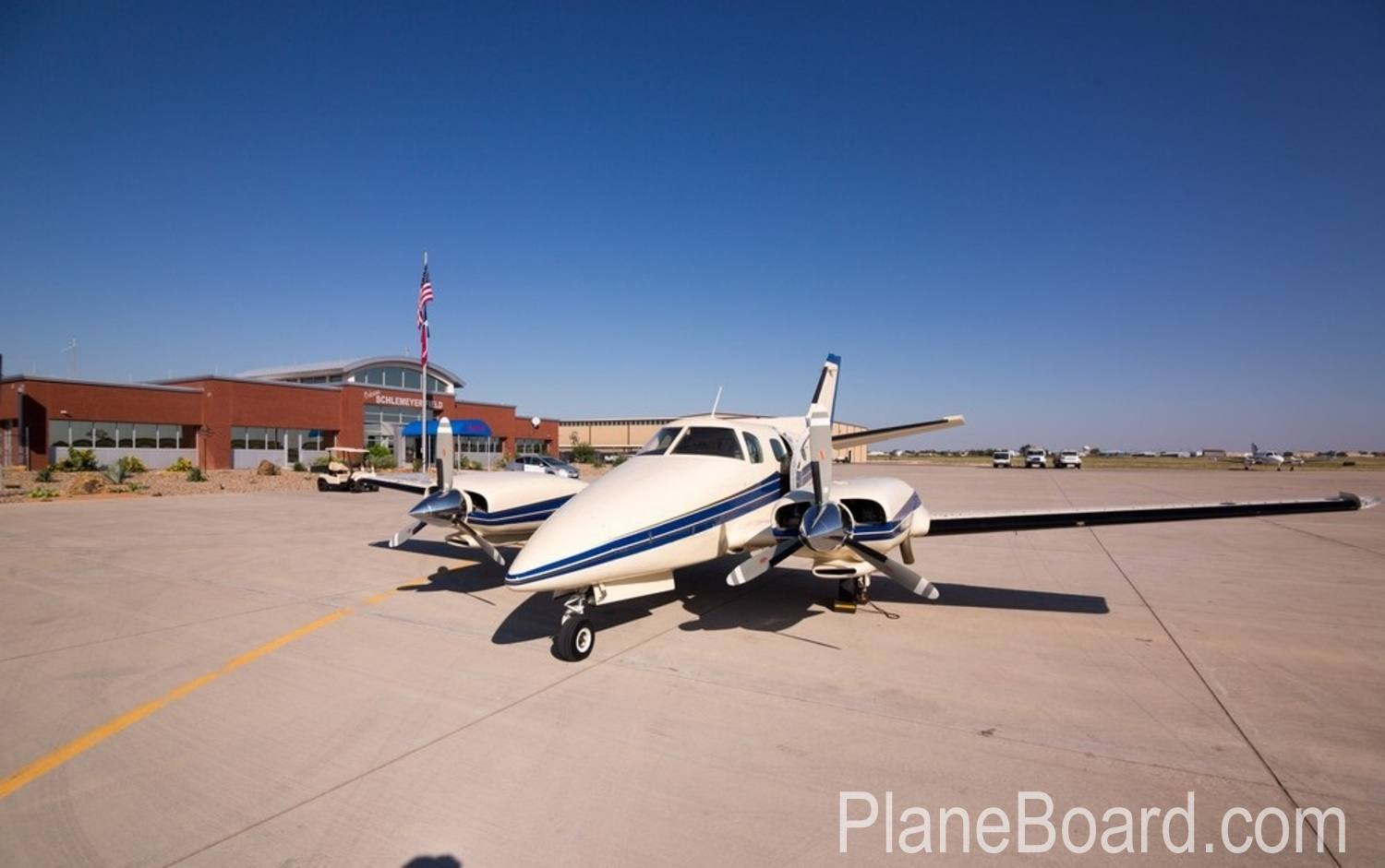 1978 Beechcraft 60 Duke exterior 0
