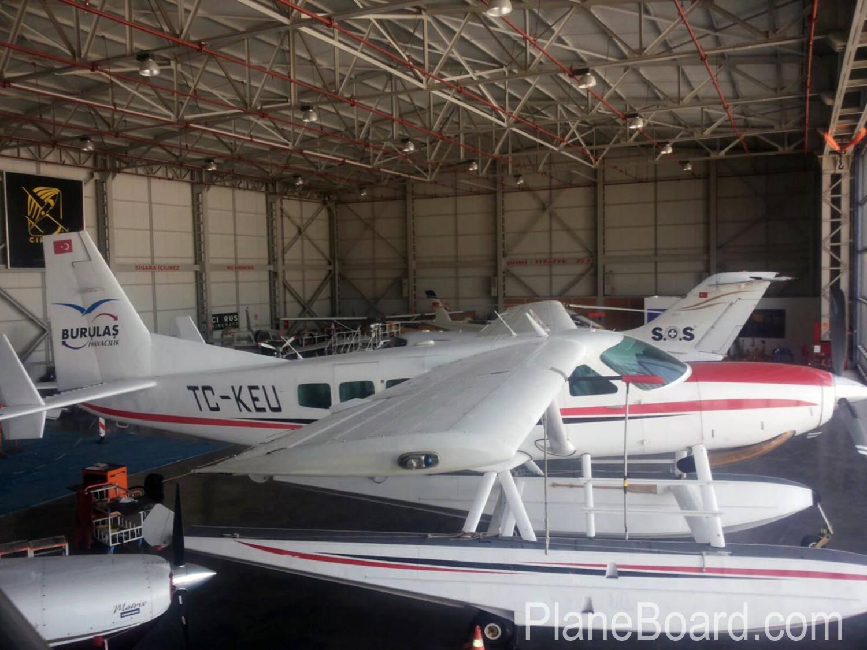 2000 Cessna 208 Amphibian primary