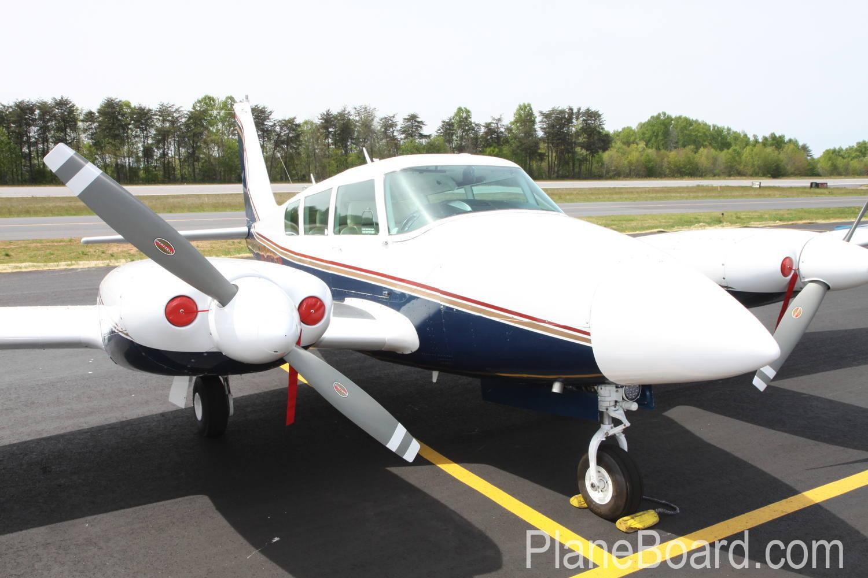 1977 Cessna 421C exterior 0
