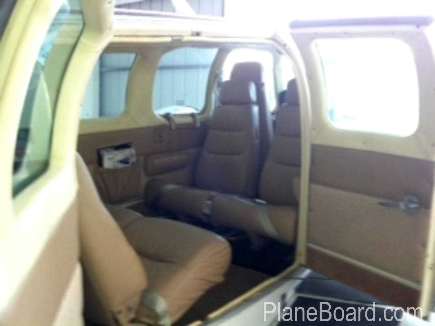 1979 Beechcraft 58 Baron interior 1