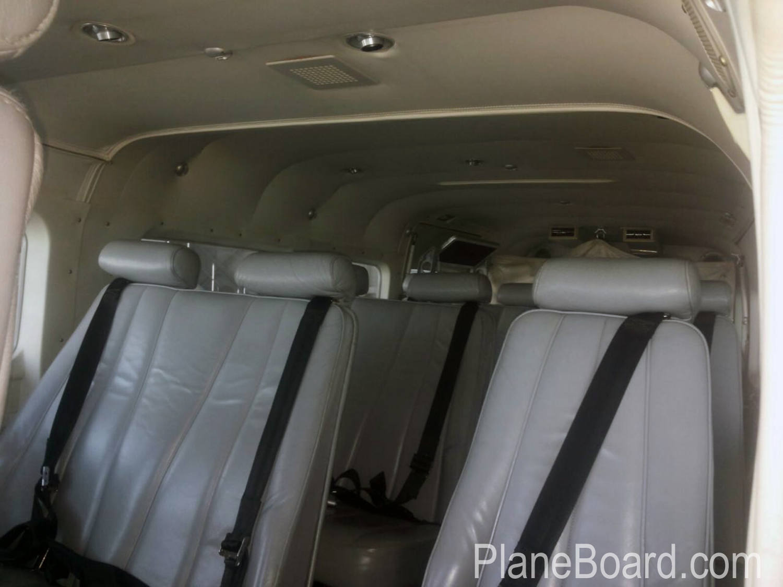 2000 Cessna 208 Amphibian interior 6