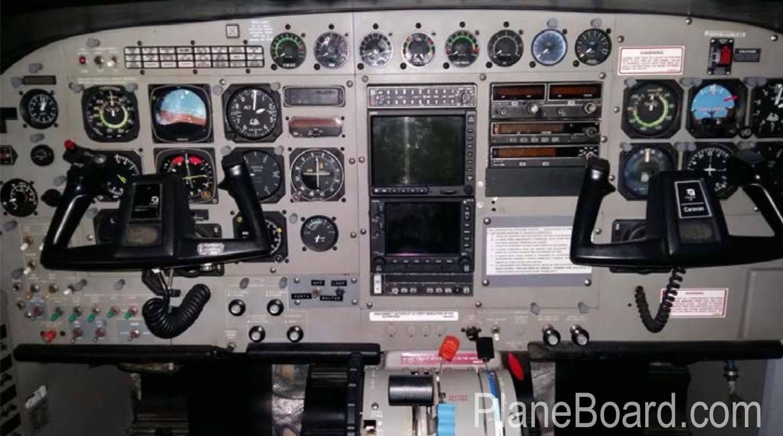 1991 Cessna 208B Grand Caravan interior 5
