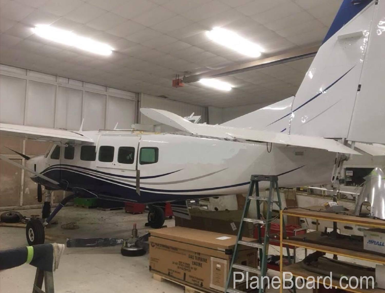 1989 Cessna 208 Caravan exterior 0