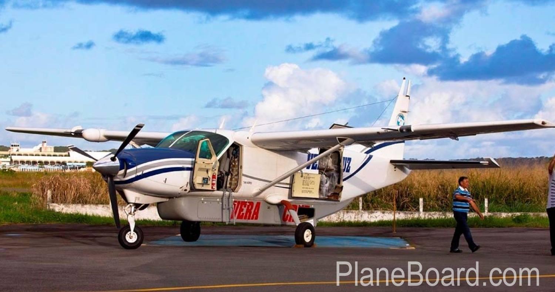 2006 Cessna Cargomaster exterior 1