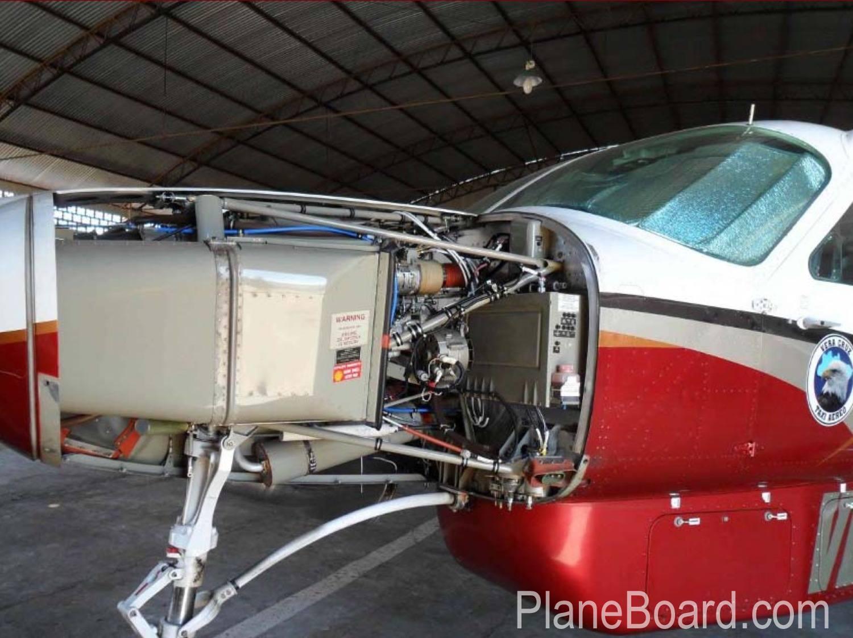 2007 Cessna 208B Grand Caravan exterior 2