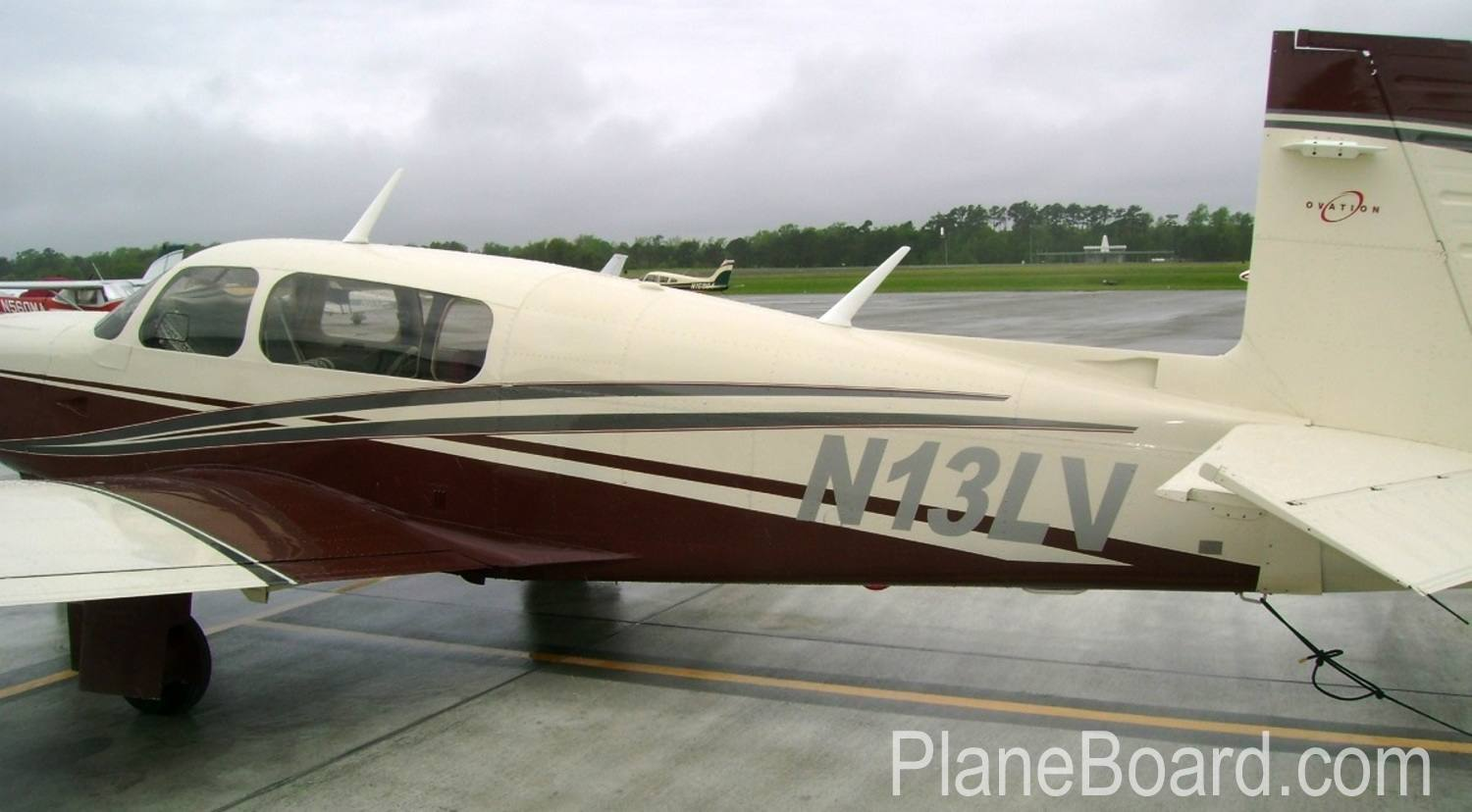 1998 Mooney M20R Ovation exterior 4