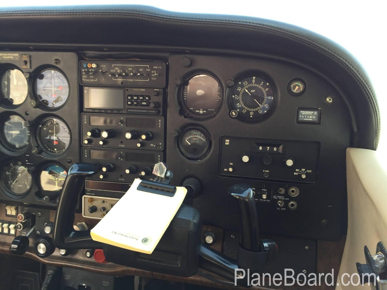 1980 Cessna 172RG Cutlass exterior 2