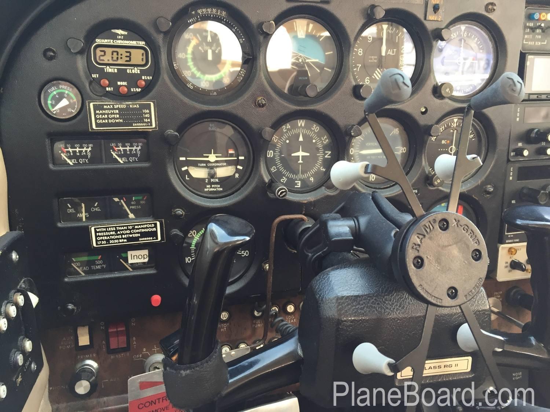 1980 Cessna 172RG Cutlass exterior 10
