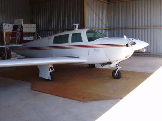 1977 Mooney M20J 201