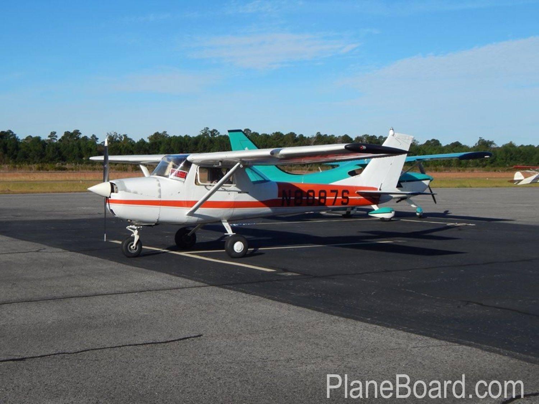 1965 Cessna 150 exterior 12
