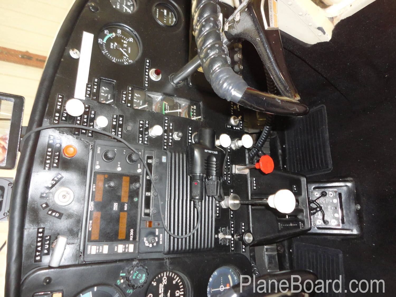 1965 Cessna 150 interior 16