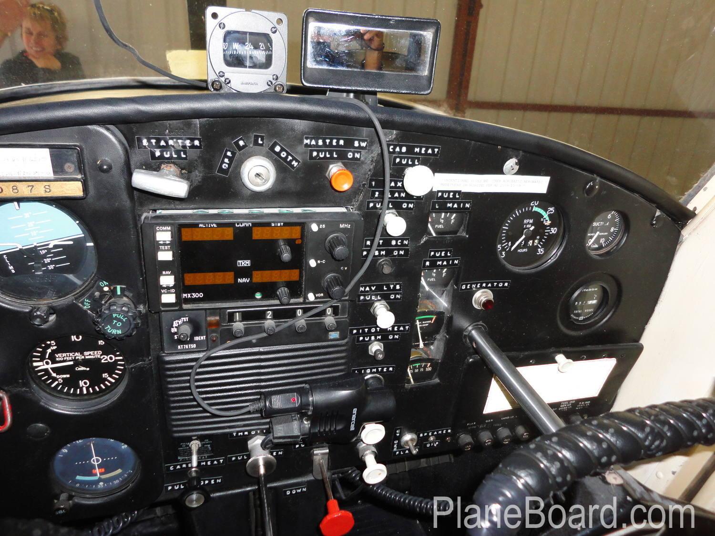 1965 Cessna 150 interior 17