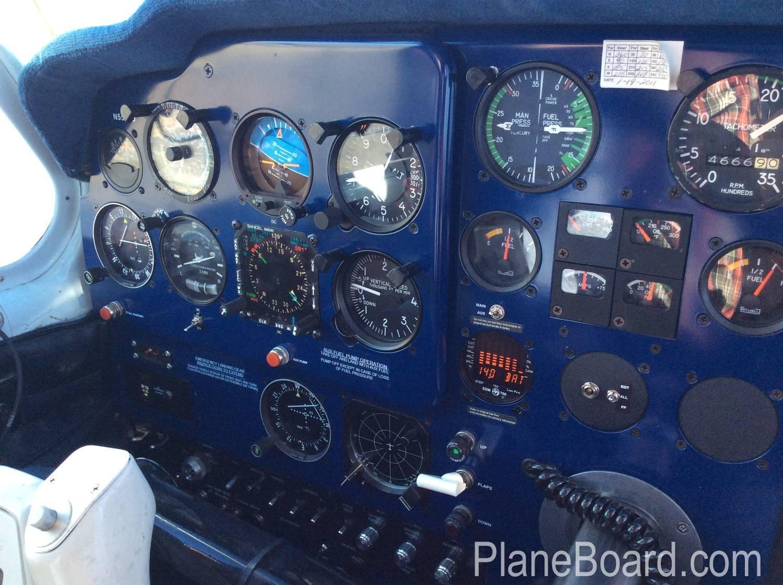 1957 Beechcraft 35 Bonanza interior 7