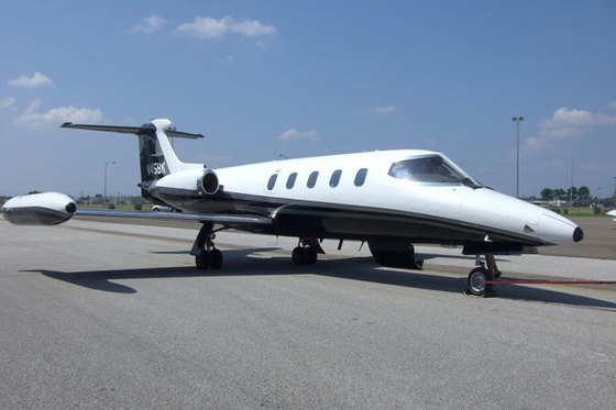 1969 Learjet 25