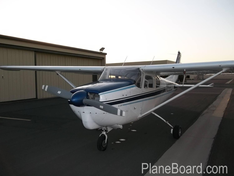 1960 Cessna 210 exterior 13