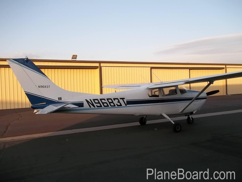 1960 Cessna 210 exterior 5