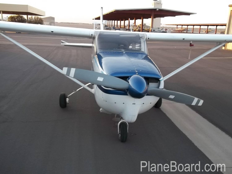 1960 Cessna 210 exterior 7
