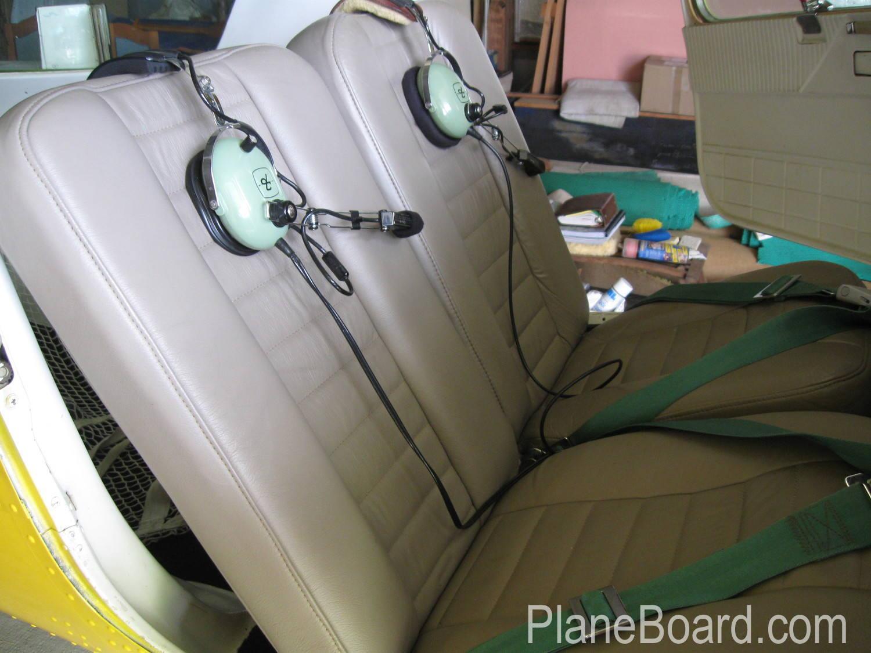 1957 Cessna 150/150 interior 6