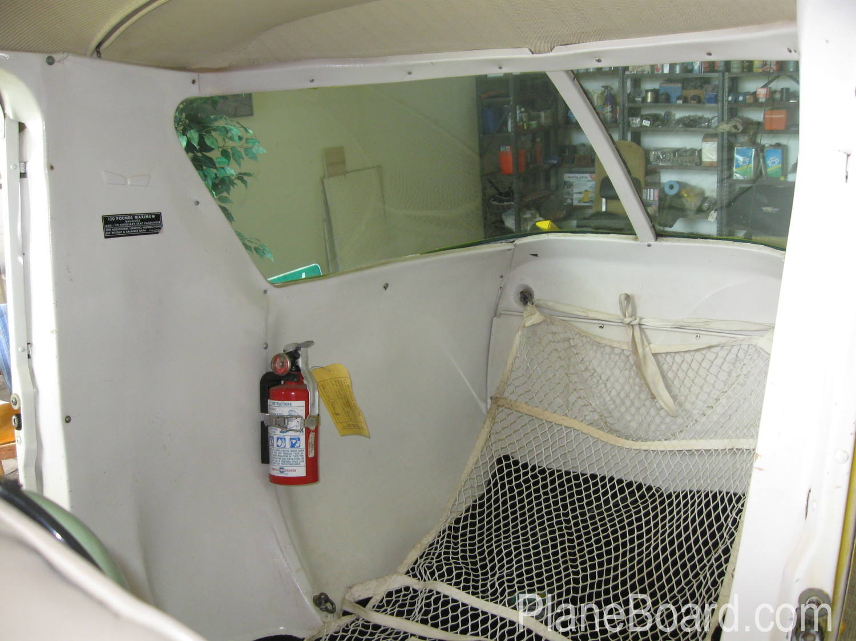 1957 Cessna 150/150 interior 4