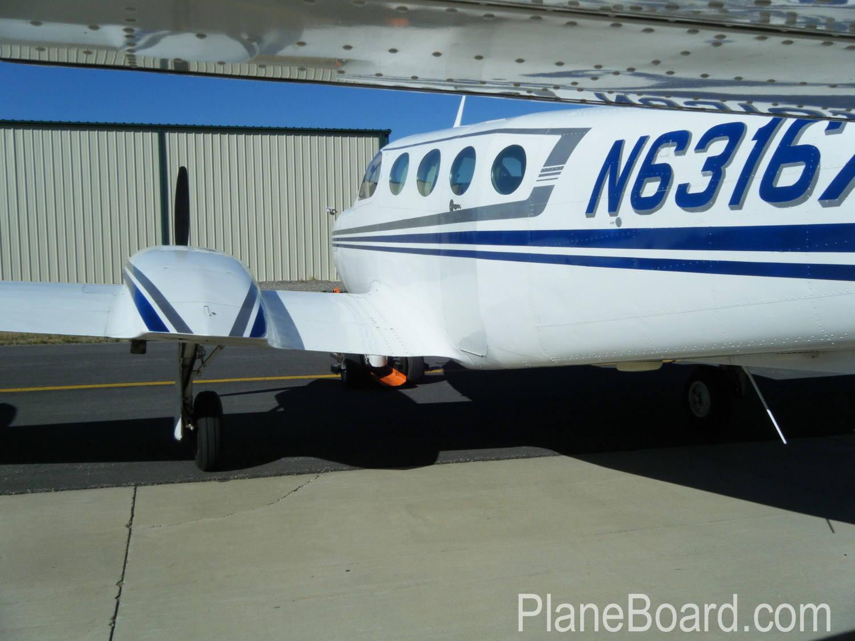 1978 Cessna 340A exterior 5
