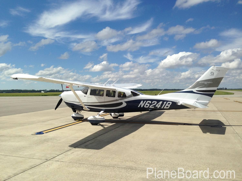 2008 Cessna T206H exterior 3