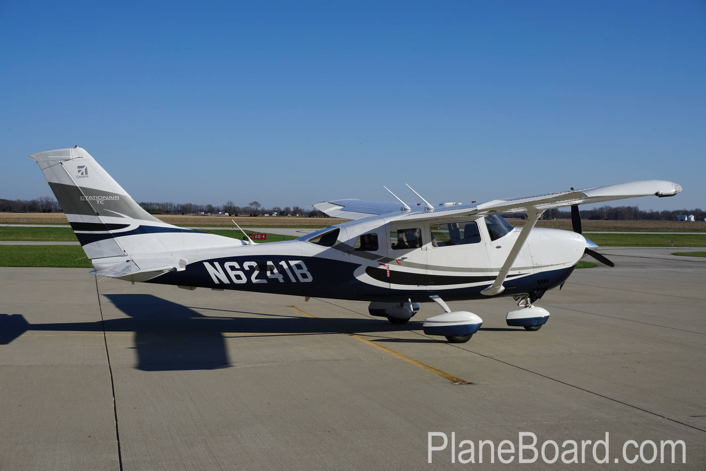 2008 Cessna T206H exterior 2