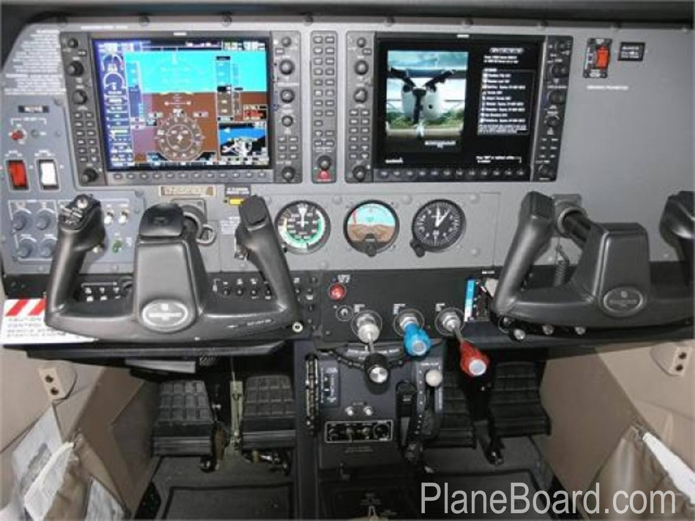 2008 Cessna T206H interior 7